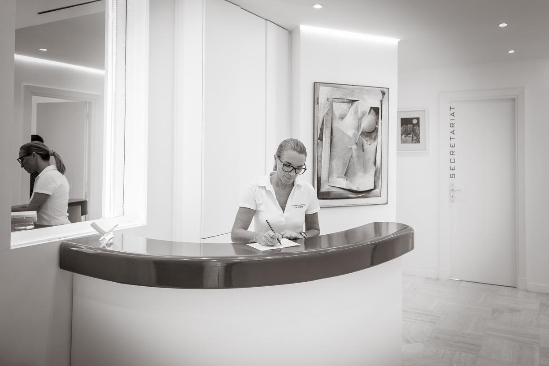 our dental clinic cannes 06400 dentiste dr cyril hery. Black Bedroom Furniture Sets. Home Design Ideas