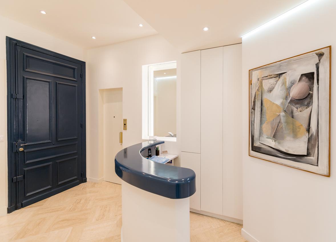 la clinique cannes 06400 dentiste dr cyril hery. Black Bedroom Furniture Sets. Home Design Ideas